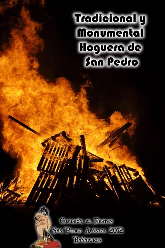 Tradicional y Monumental Hoguera de San Pedro