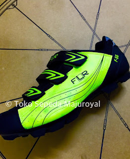 Sepatu Sepeda Mtb Cleat FLR F55