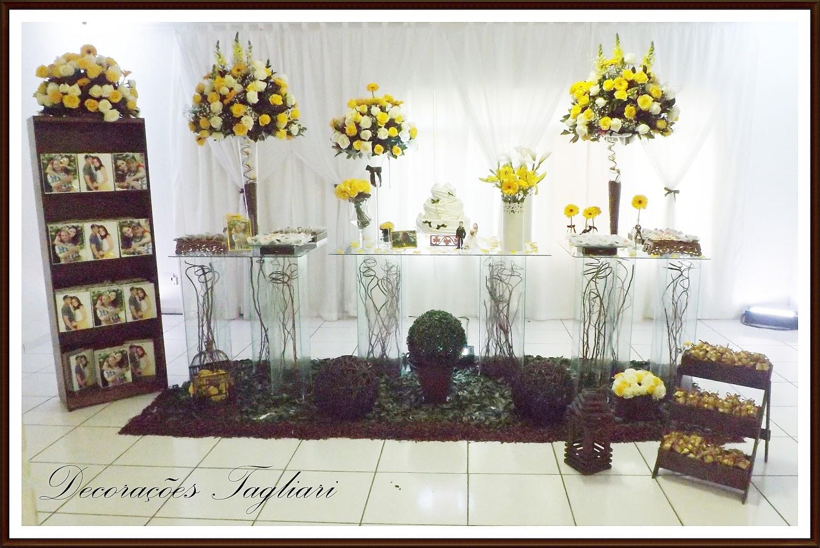 de Casamentos e Festa Tagliari Decoração Amarela Branca e Marrom