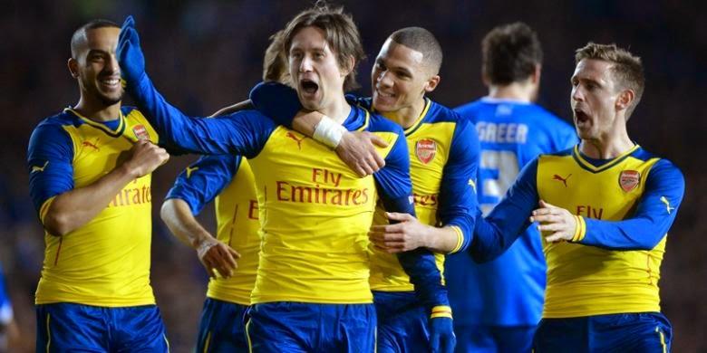 Rosicky Sudah Ingin Tinggalkan Arsenal Sejak Januari