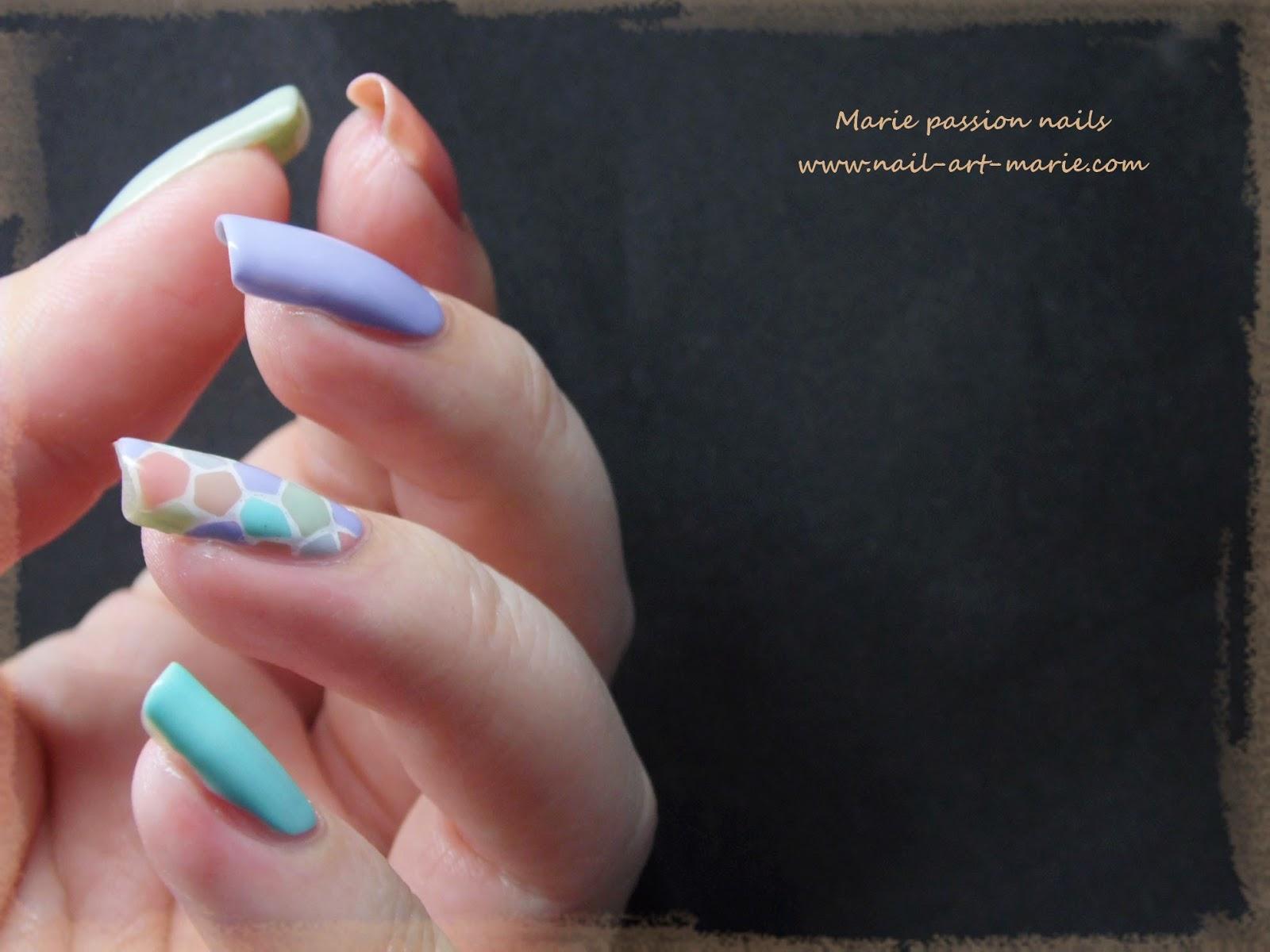 nail art mosaïque pastel6