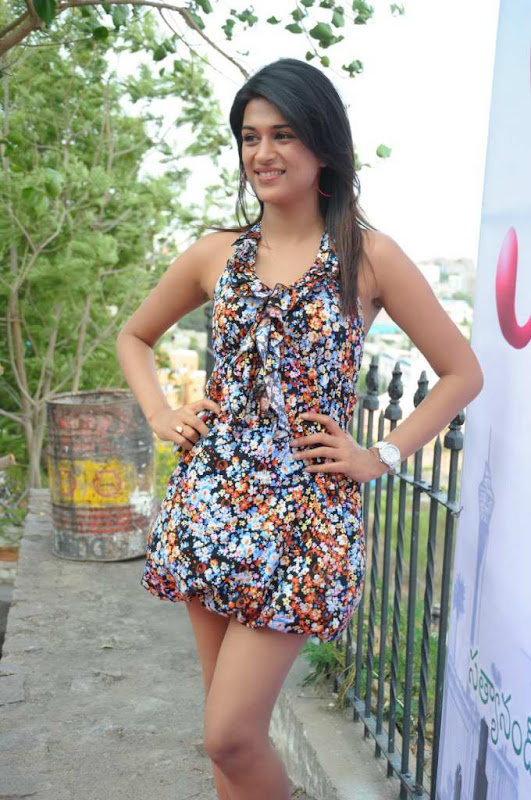 Actress Shraddha Das Cute Stills sexy stills