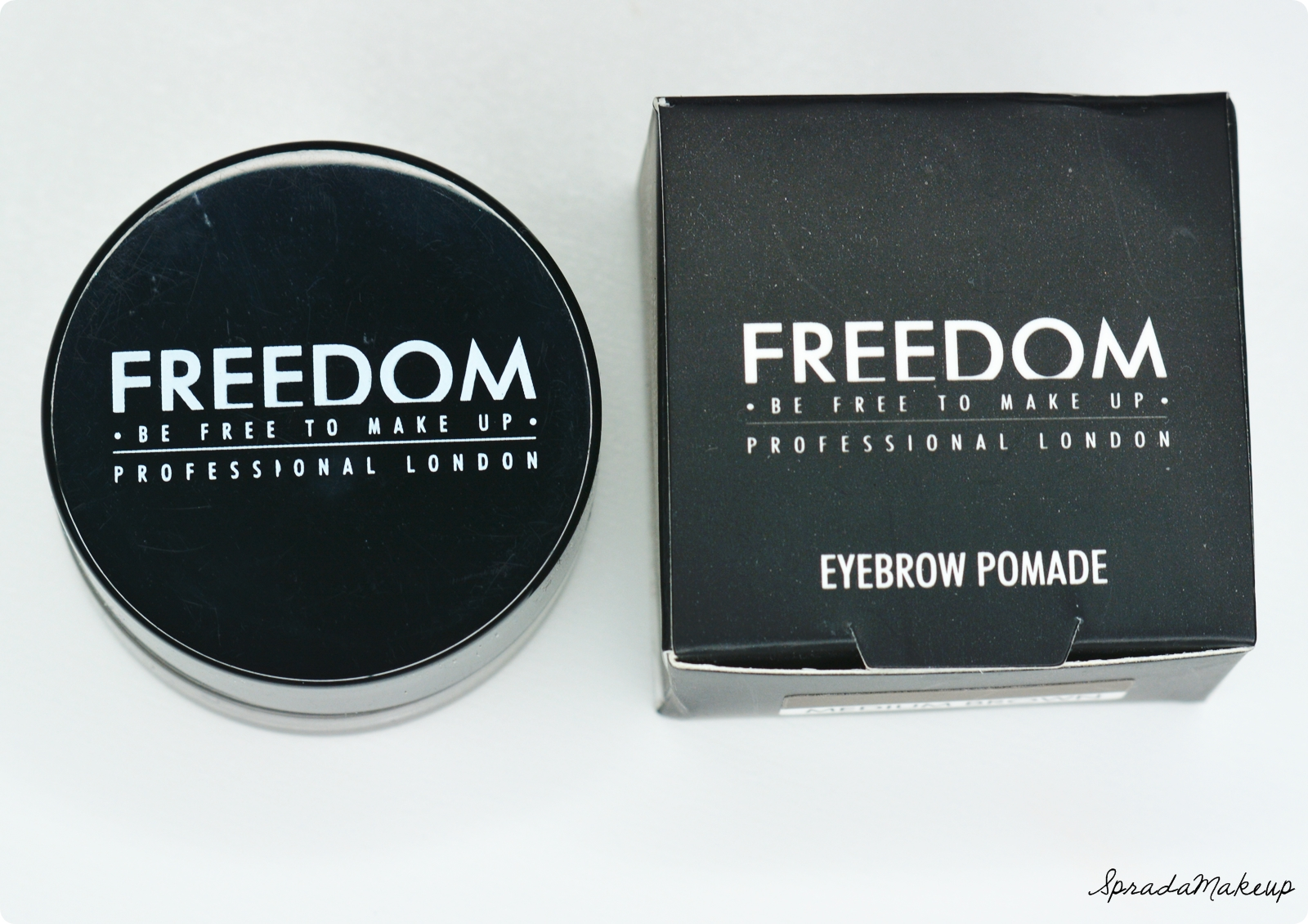 Spradamakeup Blog O Urodzie Recenzja Freedom Eyebrow Pomade