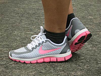 Nike Flex Experience  Ladies Running Shoes Black Grey