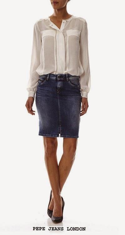 Jupe en jean avec son chemisier blanc Pepe Jeans London