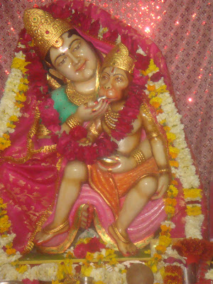 bal hanuman with anjani mata