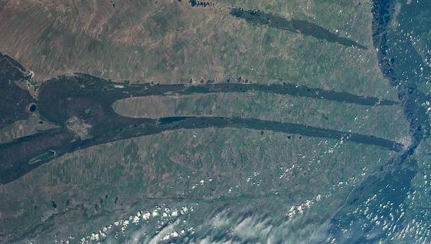 Estranhas formas na Sibéria deixam astronautas curiosos