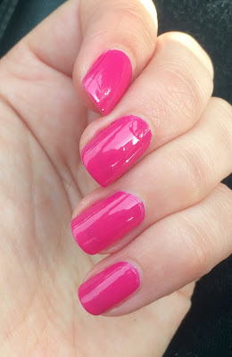 Depend 7day Girly Joy recension swatch