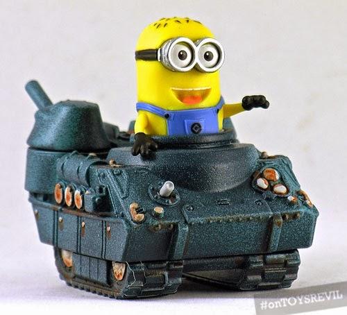 500-PLASEEBO_minion_tank_01.jpg