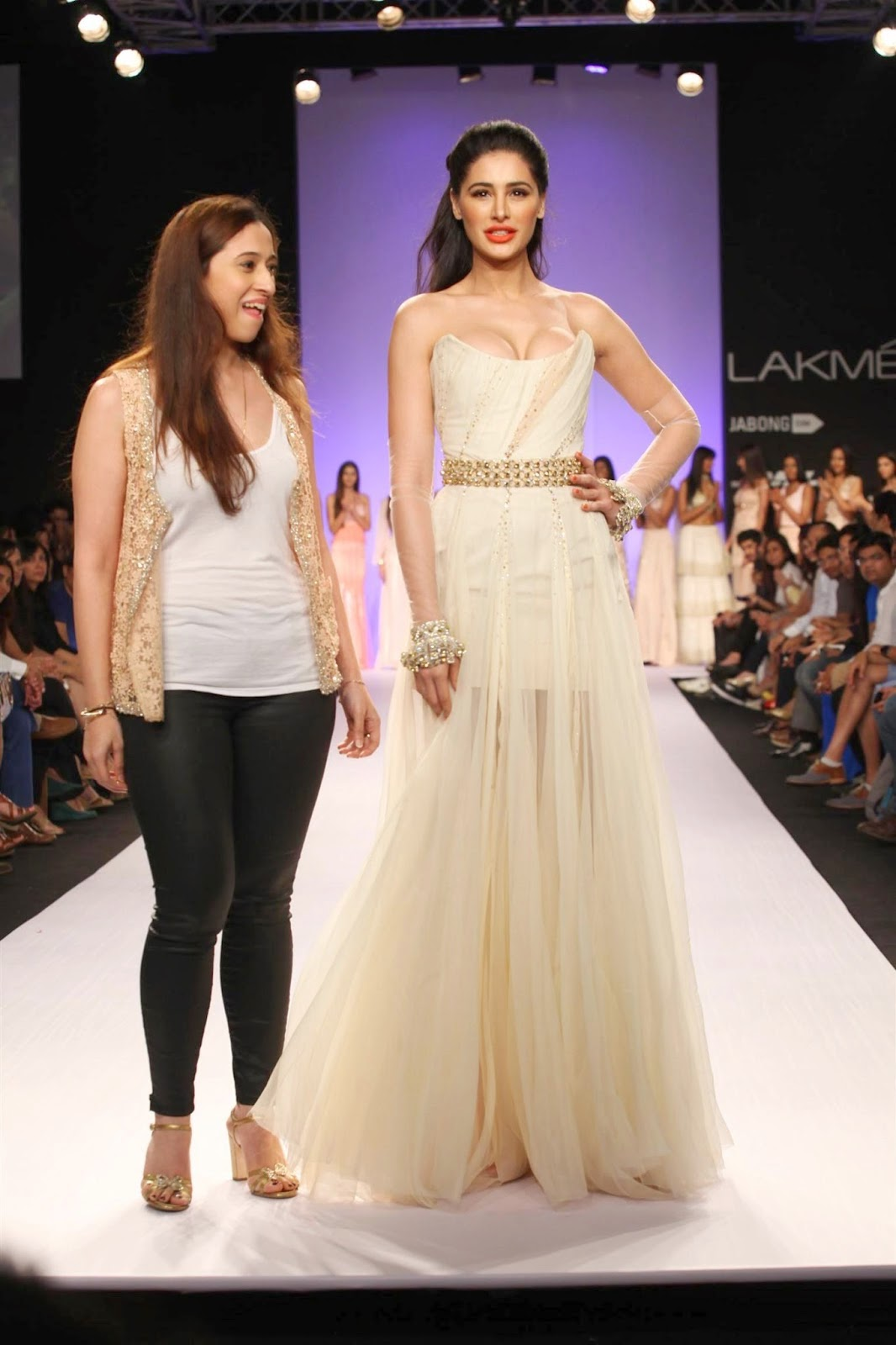 Lakme Fashion Week 2018:Top Oops Moments from LFW! Boldsky 71