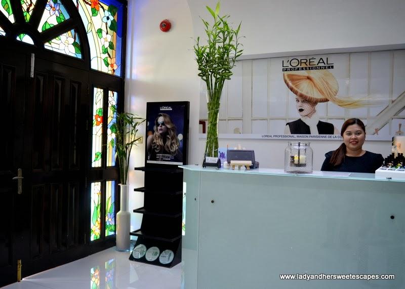 Al Marasim Ladies Salon Jumeirah's reception area