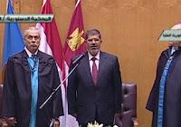 مرسى أمر بعدم بث يمينه أمام الدستورية.. و5 قضاة هددوا بمقاطعة المراسم