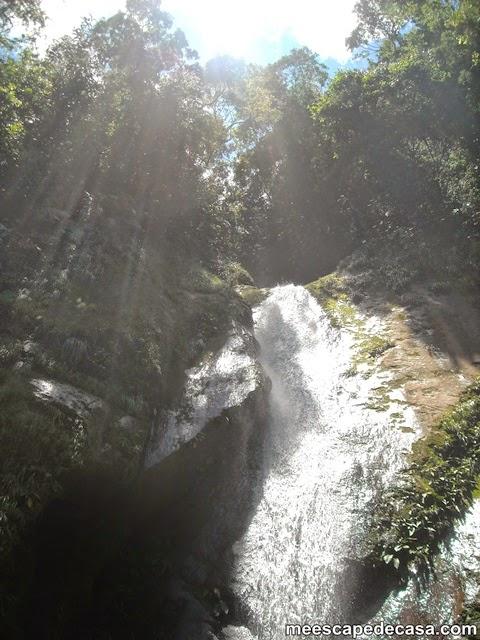 Cascada de Tamushal, formada por el curso del río Shilcayo (Cordillera Escalera, Perú)