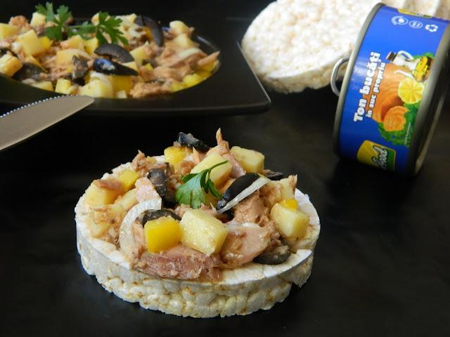 Salata de ton cu orez expandat