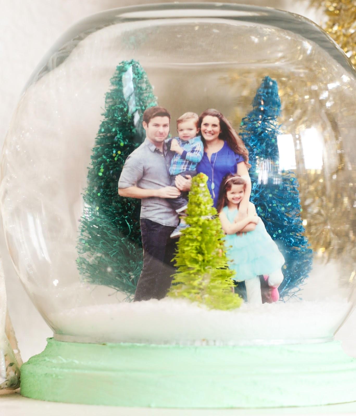 craft it a family portrait snow globe