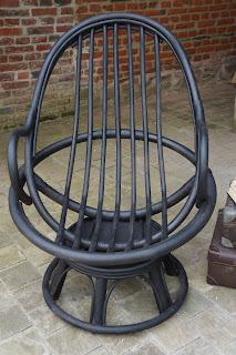 fauteuil-rotin-noir-pivotant-tournant-lille-bondues-nord-marcq-en-baroeul