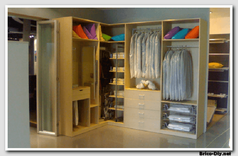 Walk in closet dise os modernos ideas para decorar y for Disenos de zapateras para closet