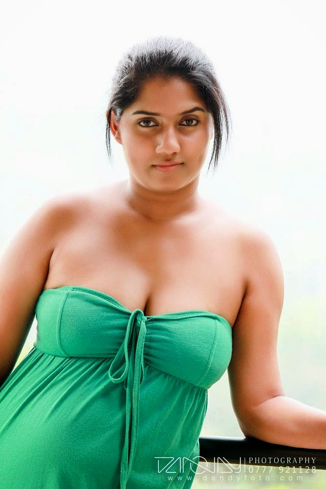 Manik Wijewardana green boobs