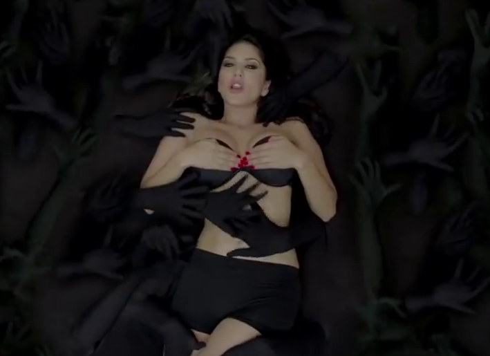 Sunny Leone Baby Doll hot bikini wallpapers