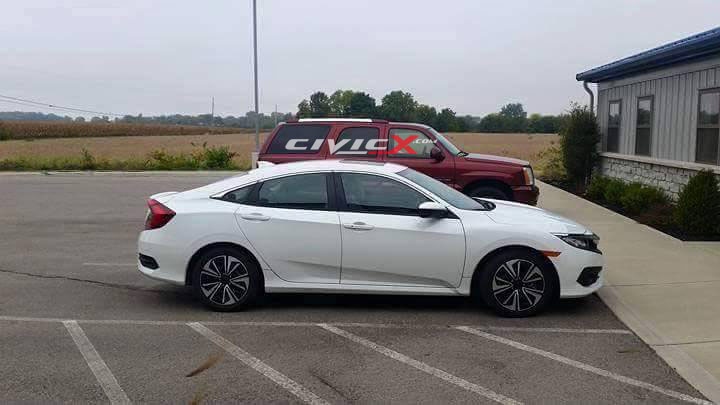 new 2016 honda civic shows its colors out in the open. Black Bedroom Furniture Sets. Home Design Ideas