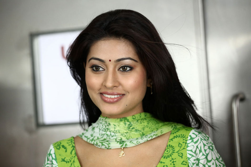 sneha-with-out-actress-sex