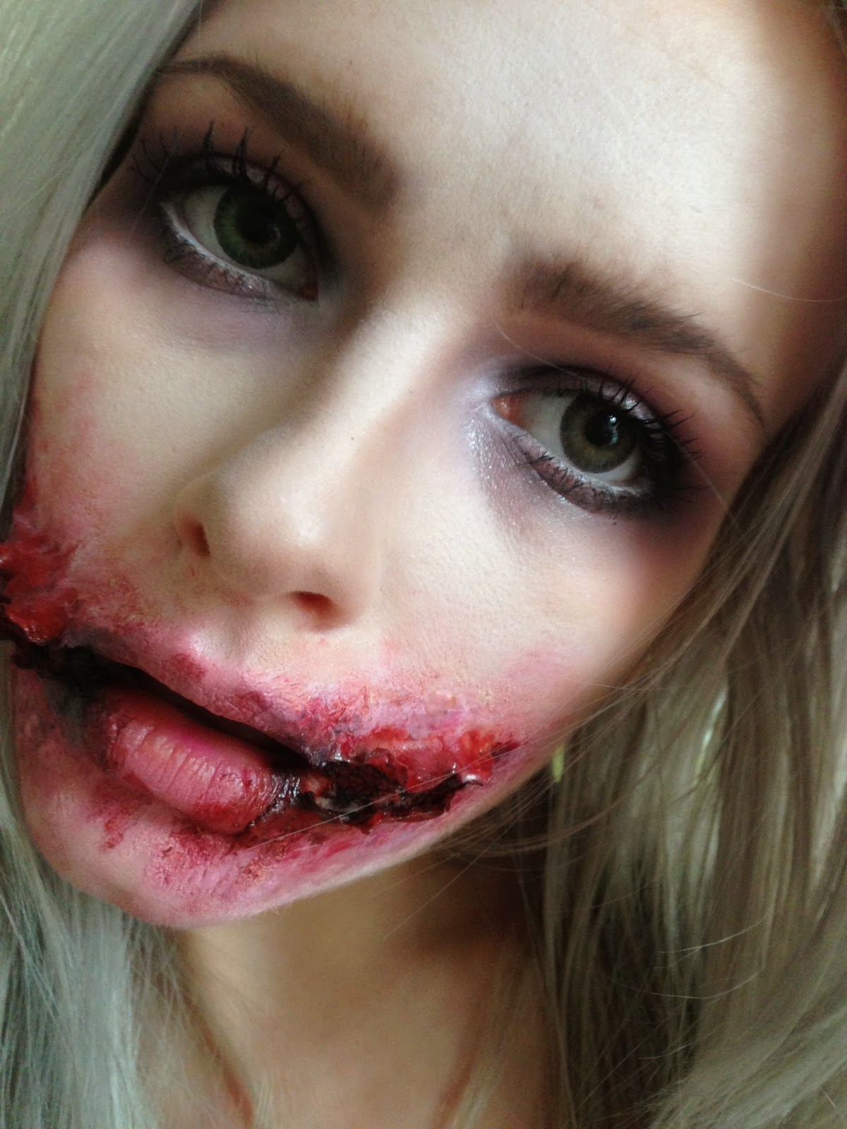 the little blonde beauty blog ♀: halloween makeup- jokers chelsea