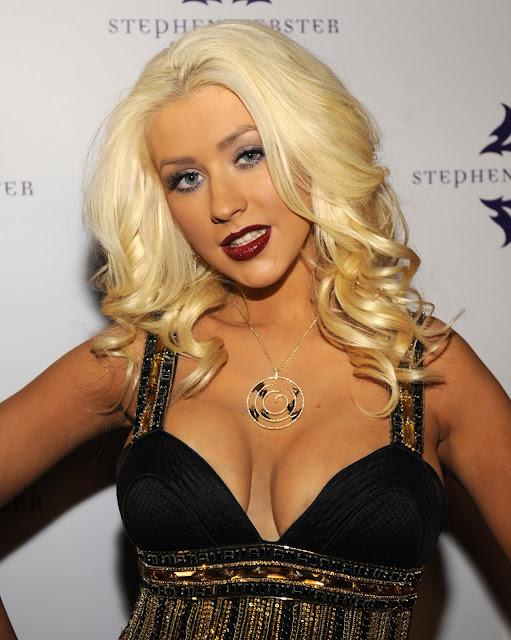 Pictures of Christina Aguilera 31