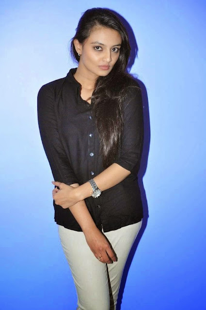 Actress Nikitha Narayan Picture Gallery in White Jeans at Ladies and Gentlemen Movie Preview Show 12.JPG