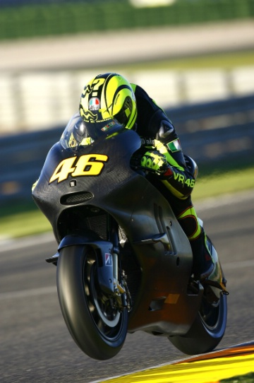 rossi wallpaper. valentino rossi wallpaper.