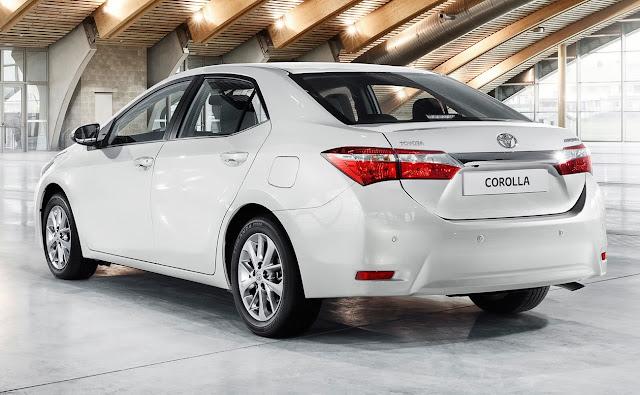 Toyota Corolla trasera