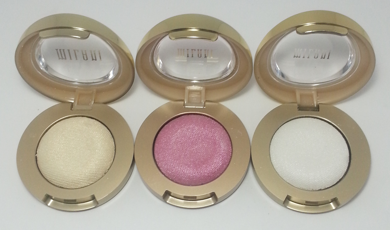 Milani Bella Eyes Gel Powder Eye Shadow - Chiffon - Rose - Diamond | Kat Stays Polished