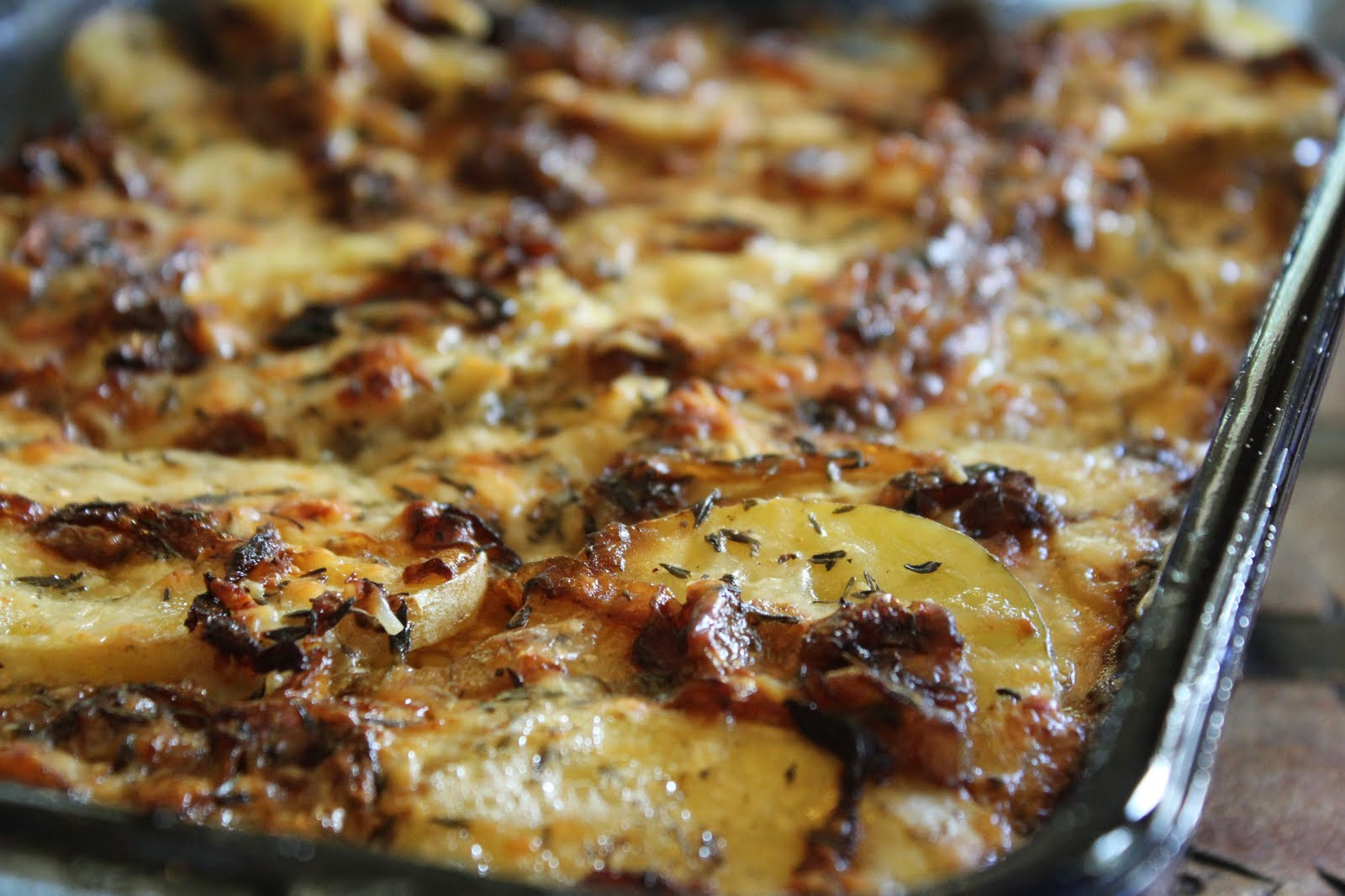 Thyme In Our Kitchen: Potato Gratin with Bacon and Thyme