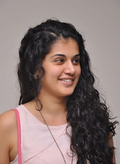Actress Tapsee Pannu Latest Pictures 002.jpg