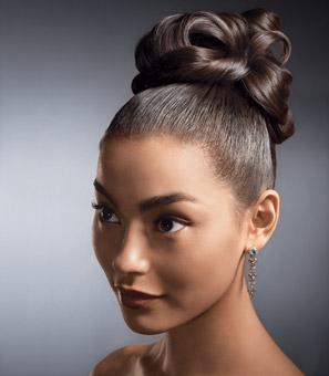 Peinados y estiloss peinados modernos con mo o alto en - Peinados monos modernos ...