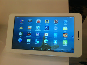 http://www.catatan-efi.com/2015/08/vandroid-x7-tablet-lokal-rasa-internasional.html
