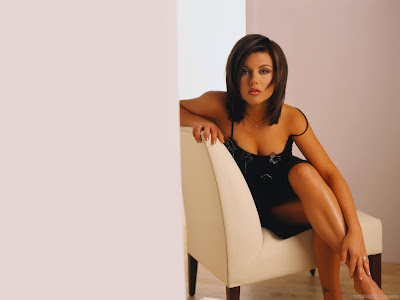 Tiffani Thiessen Hollywood Actress HD Wallpaper-1440x1280-01