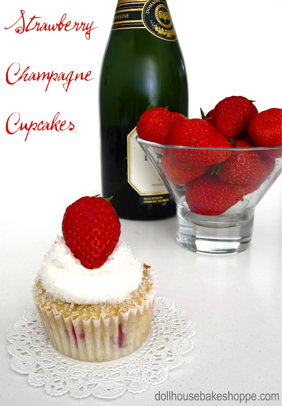 Lindsay Ann Bakes: Strawberry Champagne Cupcakes