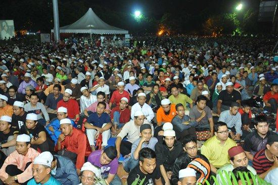 Sambutan Ambang 2013