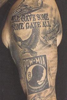 Tatuagens águia em preto para o braço