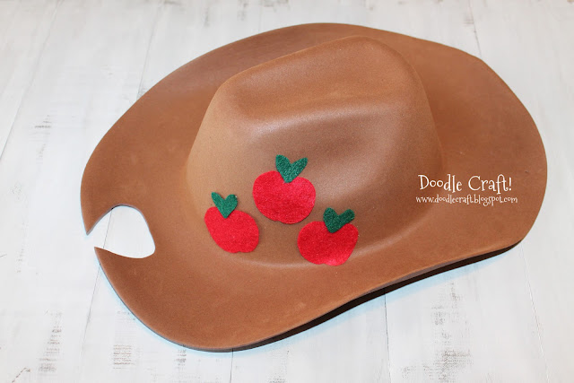 Doodlecraft mlp applejack and daring do hat day for Tiny cowboy hats for crafts