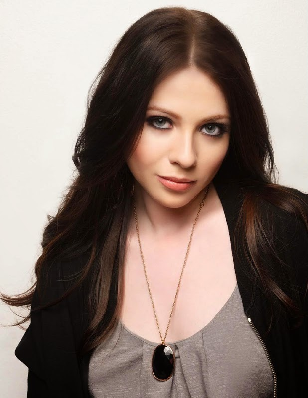 Michelle Trachtenberg Fashion Images At Regard Magazine Oct 2013 Issue
