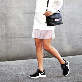 Koleksi Nike Roshe Run Wanita