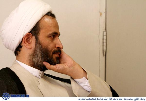 http://4.bp.blogspot.com/-Vd7gFj3jt6Q/TcUxh0nWXeI/AAAAAAAAGUI/DxQkeydm1zk/s1600/khamenei-panahian-02.jpg