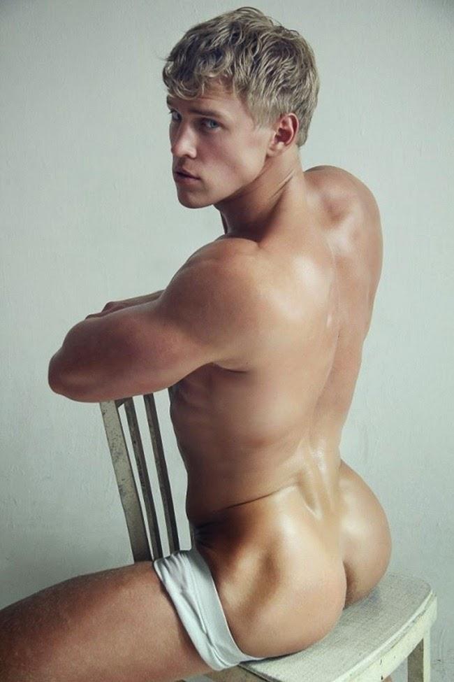 Serge Henir naked