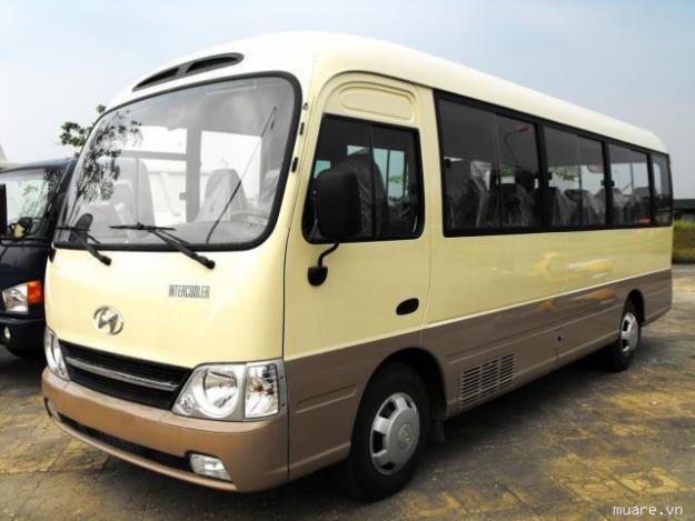 Hyundai County Đồng Vàng 2012