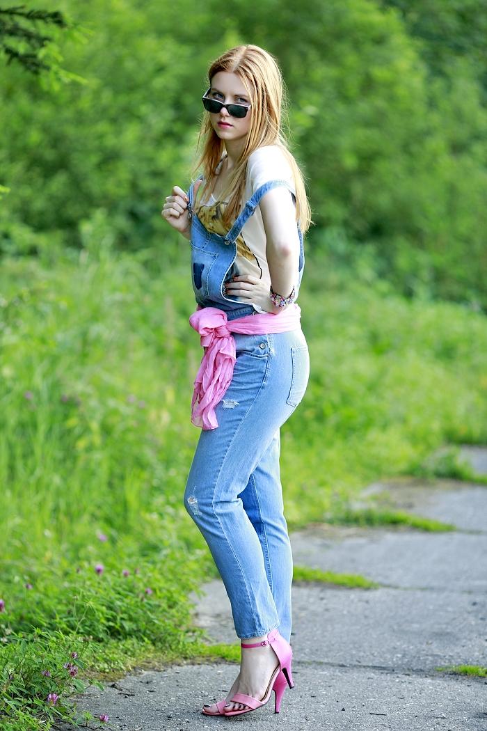 firmoo grey vintage sunglasses, bright pink scarf, crop top, česká módní blogerka