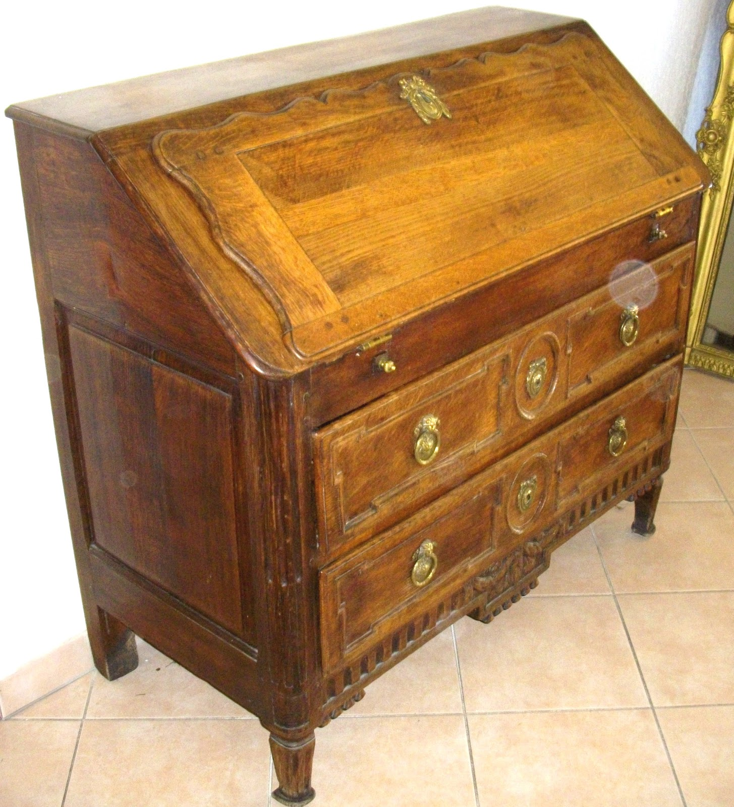 Meuble ancien bureau pente secr taire dos d 39 ane a secret for Meuble tiroir de bureau