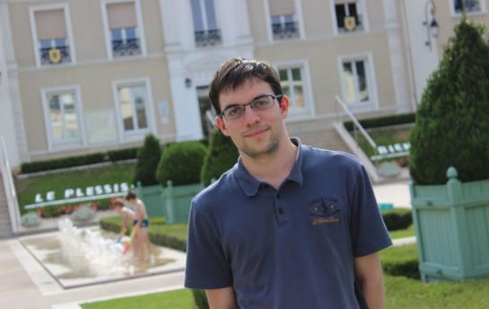 Le Plessis-Trévise, ce lundi 3 août 2015. Maxime Vachier-Lagrave, le numéro 1 français aux échecs et 16e joueur mondial, est de passage dans sa ville d'origine entre deux tournois à l'étranger © Le Parisien