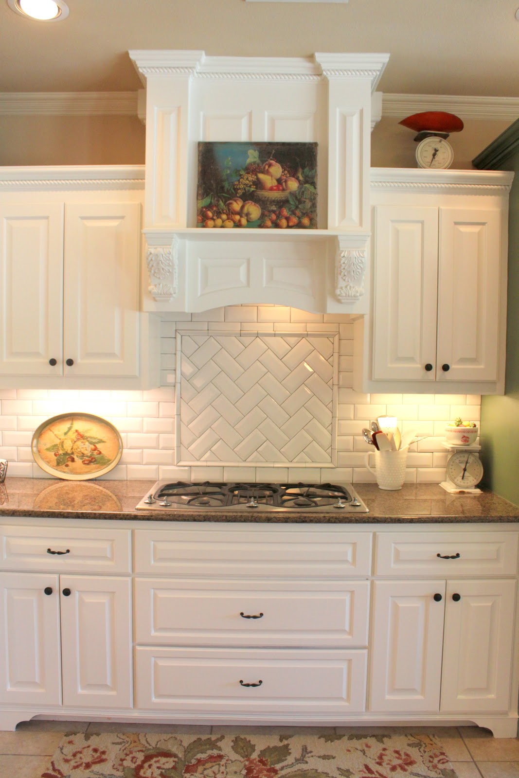 It 39 s a wannabe decorator 39 s life kitchen reveal finally for White subway tile kitchen designs