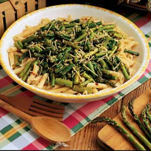 Picture of a plate of macaroni with Asparagus